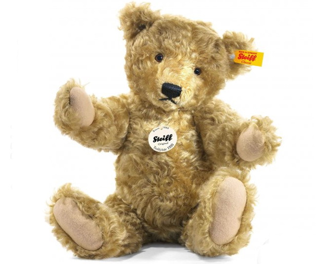 Steiff Classic Teddy Bears